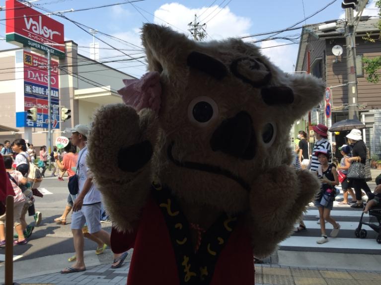 伊與田塾ブースに立ち寄ってくれたマスコット。なんのマスコットなのかは・・・