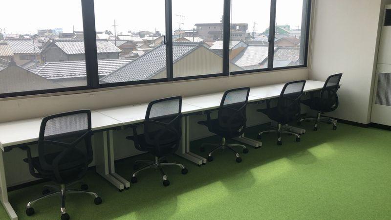 犬山の自習室内の風景
